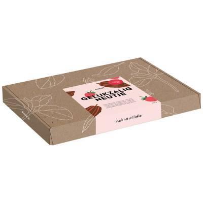 4922 - Pineut brievenbusdoosje gelukzalig neutje 250 gram